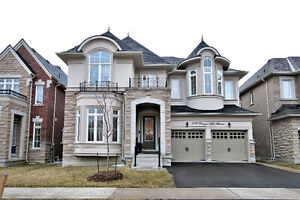 House for Sale at Yonge / Elgin Mills in Richmond Hill