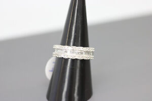 10K White Gold Diamond Band Size 7  (#2170)