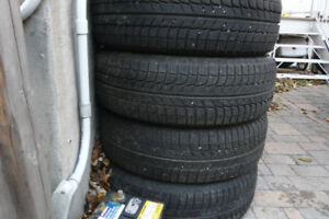 4 x Michelin X-Ice 215/60/16 Winter Tires