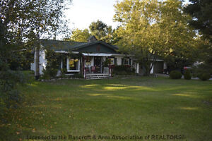 Great Location Kawartha Lakes Peterborough Area image 1