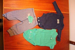 Lot de vêtements bébé garçon 0 à 12 mois West Island Greater Montréal image 2