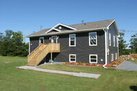 6 y/o raised bungalow w/ great views, hardwood, open concept