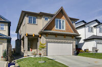 Gorgeous Home in Cochrane!