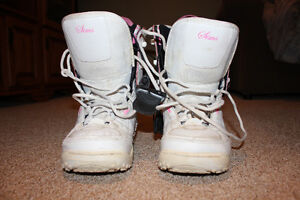 Girls size 3 Sims boots
