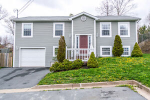 Immaculate 4 bedroom home in Sackville! 24 Flume Drive