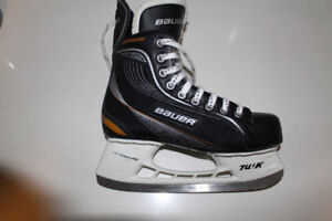 Bauer Supreme Adult Size 6 Ice Skates, GREAT condition