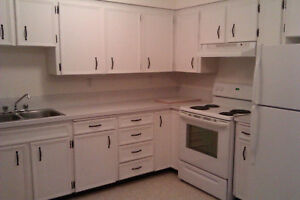 5BD/3BA AND OFFICE/DEN WITH IN-LAW SUITE (HOUSE) FOR RENT NOW!