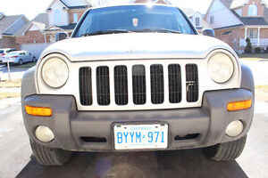 2002 Jeep Liberty Sport! PERFECT SUMMER VEHICLE