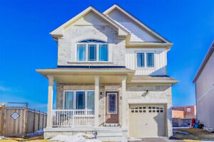 *GORGEOUS AND NEWER 3 BR HOME IN PRIME NORTH WHITBY!!!*