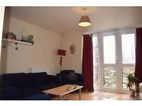 N19 3XY ARCHWAY 4/5 BEDROOM MAISONETTE WITH GARDEN CLOSE TO ARCHWAY STATION AND TUFNELL PARK STATION