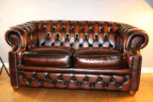 Brand NEW Vintage European 100% Leather 2 seat Chesterfield sofa