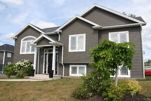 5 Bedroom Income Property in Dieppe!
