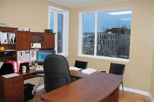 Bâtisse commerciale au 211-213 Jacques-Cartier Est Chicoutimi Saguenay Saguenay-Lac-Saint-Jean image 5