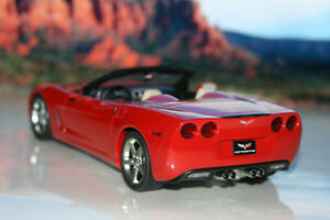 Autoart 2005 Corvette Diecast Die Cast Car 1/18