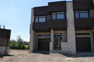 NEW 4 BEDROOM TOWNHOUSE @ BAYFIELD / FINLAY MILL - STONEY CREEK