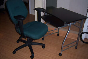 Computer Desk with Ergonomic chair / delivery