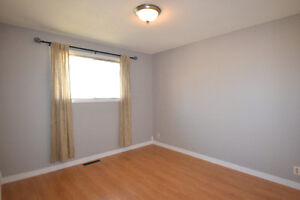 Side-by-side duplex! Live in one side and rent out the other! Regina Regina Area image 13