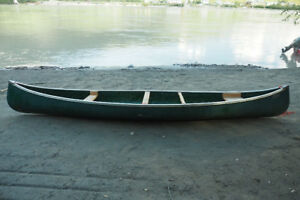 CANOE SEARS 16ft. with 4 paddles