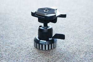 New Manfrotto ballhead #168 with extra baseplate (2 total)