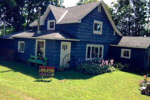 House for deer hunting season on Manitoulin Island