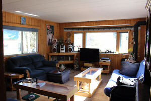 2 Bedroom Year Round Open Concept Home @ Kiv/MLB-Turtle Lake