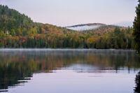 Hors du commun : vue sur le lac, aménagé et prêt à construire