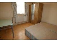 3 bedroom flat in Flat 2, Heath Road, HOUNSLOW, TW3(Ref: 987)