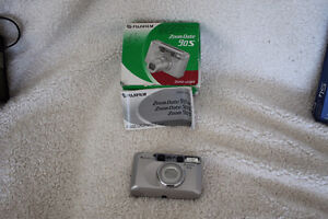 FUJIFILM  35MM FILM CAMERA