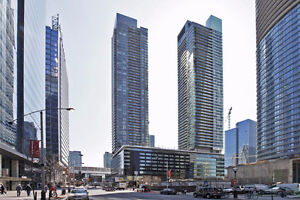 ✤PANORAMIC LAKE VIEWS✤ DOWNTOWN TORONTO✤ PARKING INCLUDED