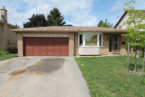 Extremely spacious 4 bedroom home in desirable Lynden Hills area