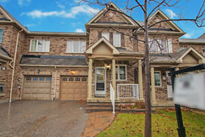 Freehold Townhome in Ajax