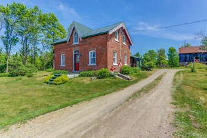 Open Houses Sunday July 31st 2:15-3:15pm