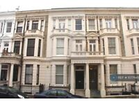 1 bedroom flat in Fairholme Road, London , W14 (1 bed) (#1077645)