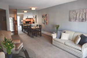 OPEN Sat 1-3pm ** Spacious 1 bedroom in Central Lonsdale **