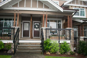 Sunny South Surrey Townhouse for Rent