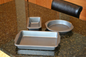 NEW! PC Baking ware! 3 non-stick pans!