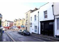 6 bedroom flat in Grove Road, Redland, Bristol, BS6