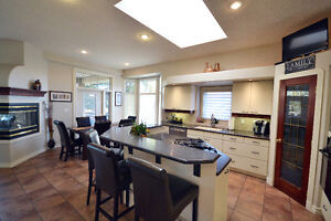 PHENOMENAL ESTATE HOME MINUTES AWAY FROM SHERWOOD PARK Strathcona County Edmonton Area image 9
