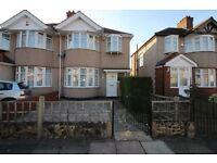 HA3 - KENTON - 3 BEDROOM HOUSE TOLET - £1875