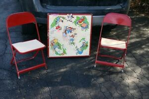 VINTAGE KID'S METAL TABLE&CHAIRS/TOYS/COLLECTIBLES