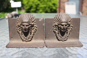 ANTIQUE CAST IRON INDIAN HEAD BOOK ENDS