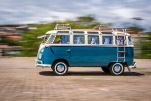 1969 VW BLUE KOMBI (23 windows)