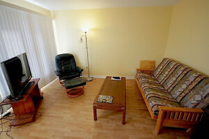 Hull - Room - Quiet - Clean - AVAILABLE NOW (or Jan 1st) Gatineau Ottawa / Gatineau Area image 4