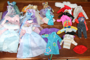 Barbie clothes, horses and barbies