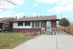 ALL BRICK RANCH IN DESIRABLE AREA OF WINDSOR