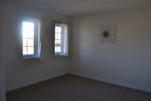 Beautiful one bedroom apartment for rent in Elmira Kitchener / Waterloo Kitchener Area image 2