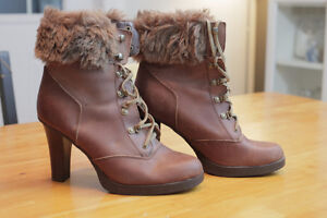 Brand new, never worn - Nine West boots - size 10