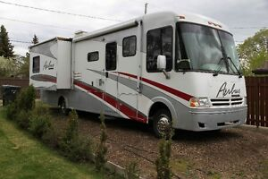 33 ft Motorhome for sale
