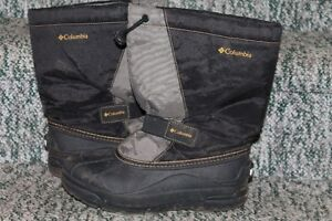 Boys Columbia Winter Boots Size 5
