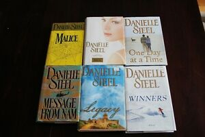 danielle steel books Kitchener / Waterloo Kitchener Area image 2